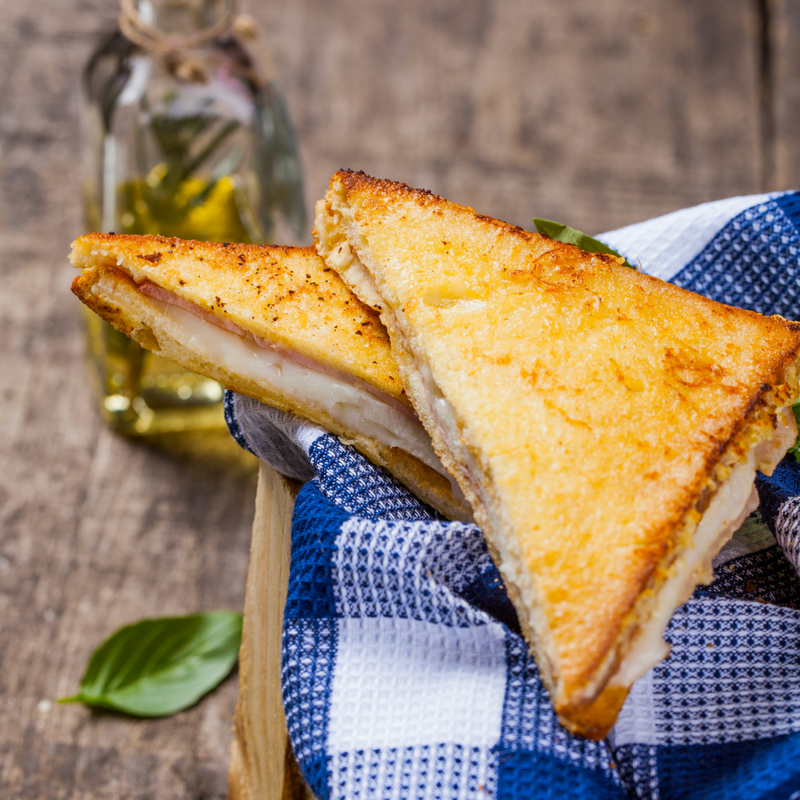 How To Make The Perfect Cheese Toastie!